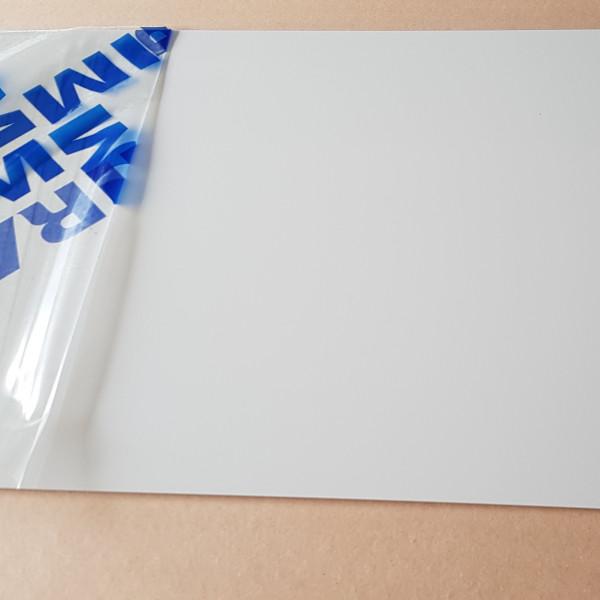 Plaque Aluminium Télégris Ral 7047 sur mesure
